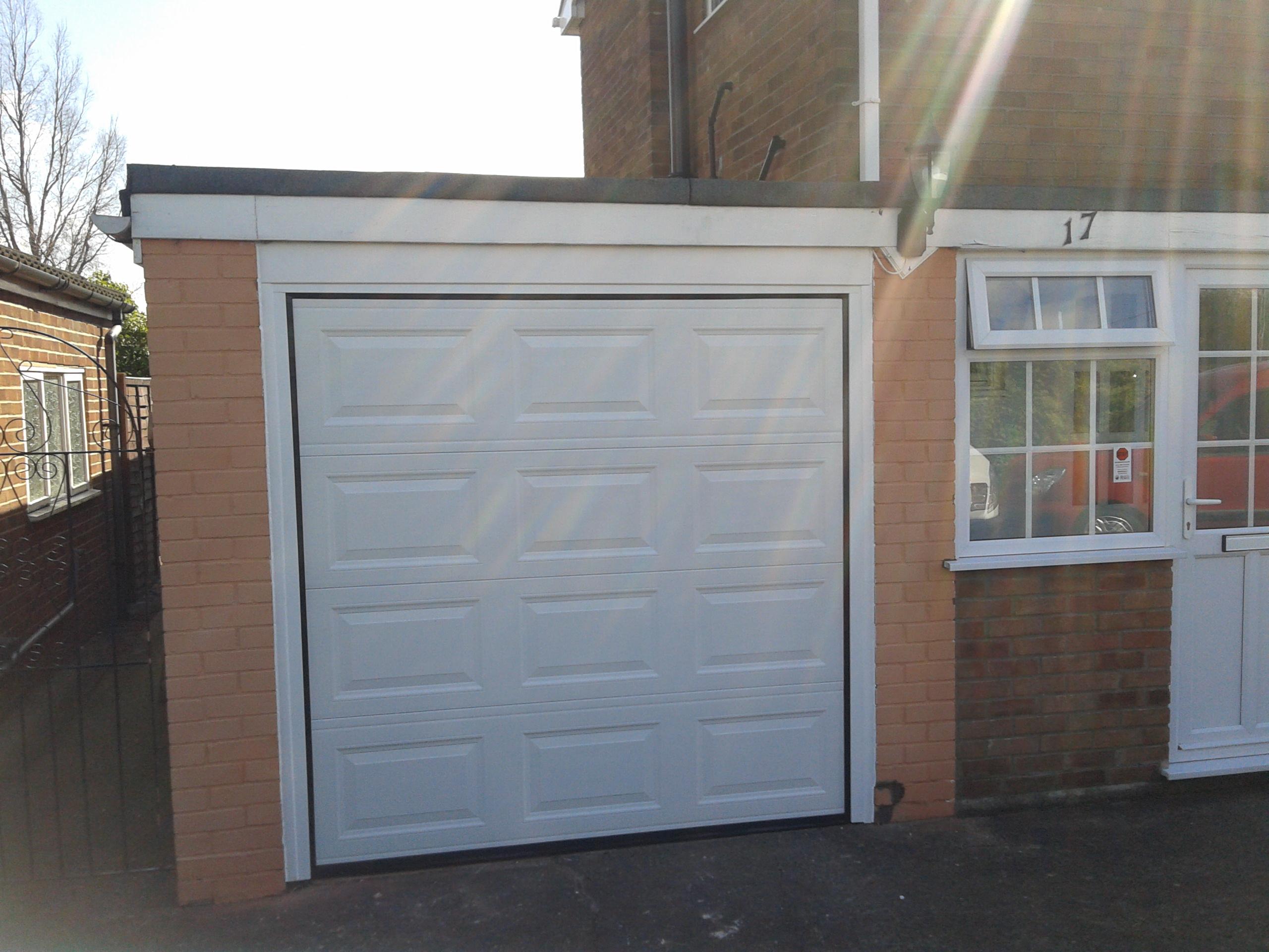 Sectional garage door - Automatic Sectional Garage Door Grantham
