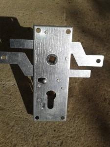 garage door lock. Replacement Garage Door Lock